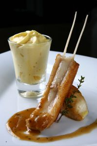 Tambaqui Cutlet with smoked baroa potato mousse, herbs sauce (1)